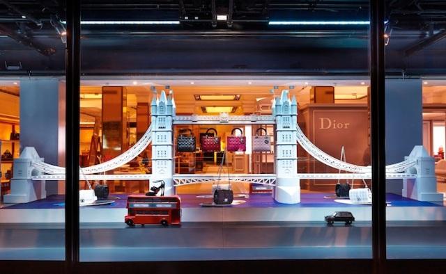dior-vitrine-6