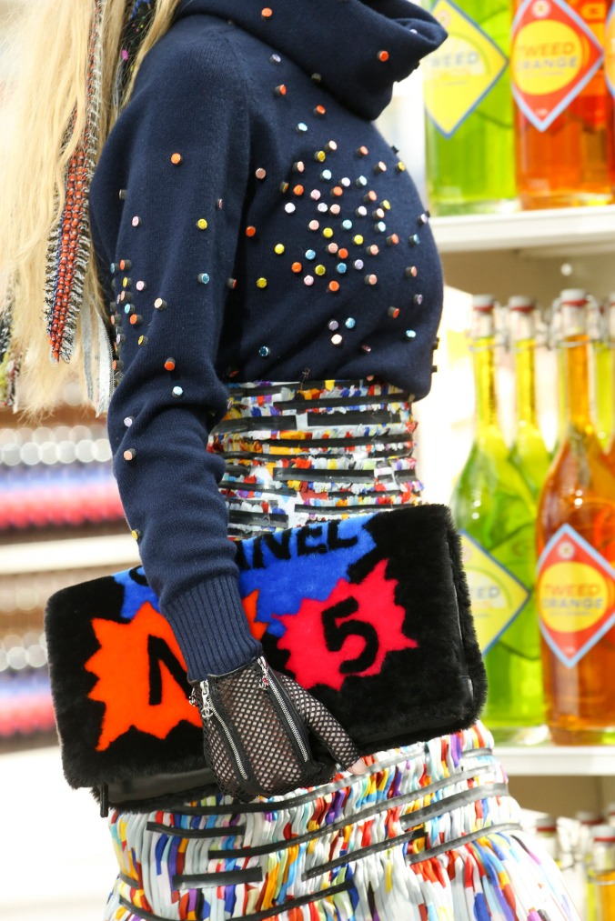 supermarket-chanel-fashion-show (14)