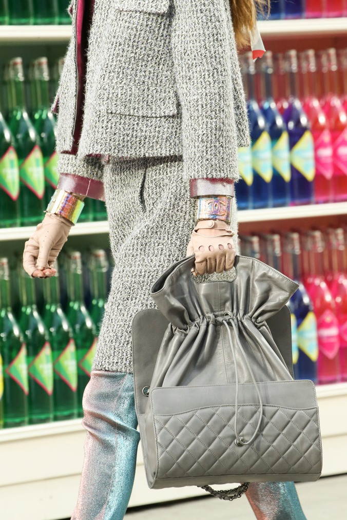 supermarket-chanel-fashion-show (5)