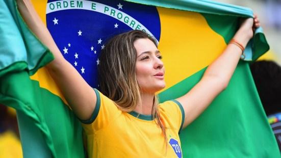 Resultado de imagem para torcedor brasil copa do mundo