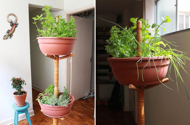 #FicaDica: mantenha seu jardim em um lugar arejado e ensolarado. Regue as plantas diariamente, porém não enxerque-as. Uma vez por mês reque-as com fertilizante dissolvido em água para garantir que cresçam com saúde.