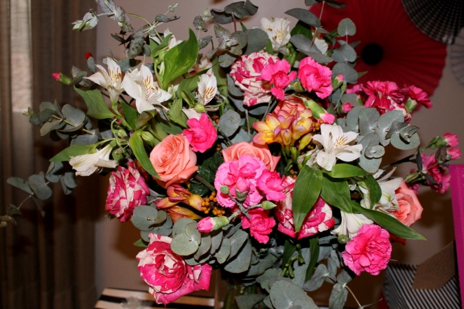arranjo-de-flores-festa-kate-spade